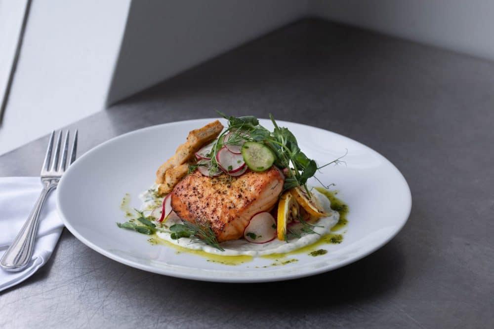 Services de traiteur | plat de saumon